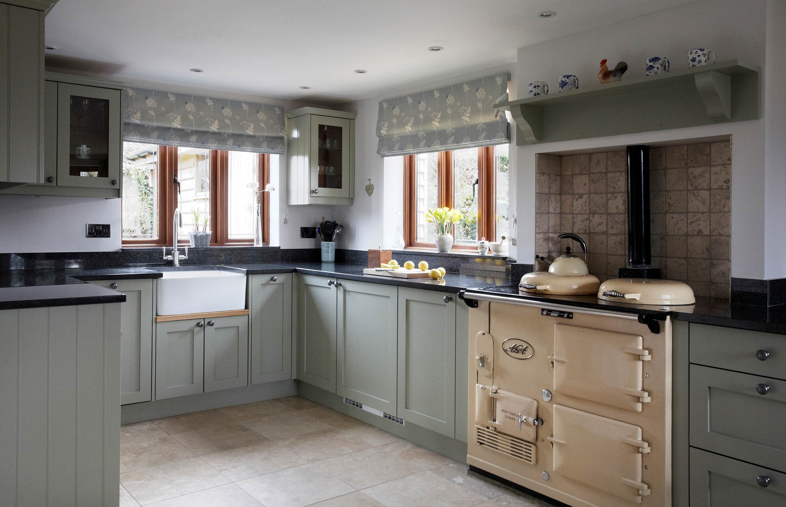 Cosy country bespoke kitchen design bath kitchen company for Bespoke kitchen ideas
