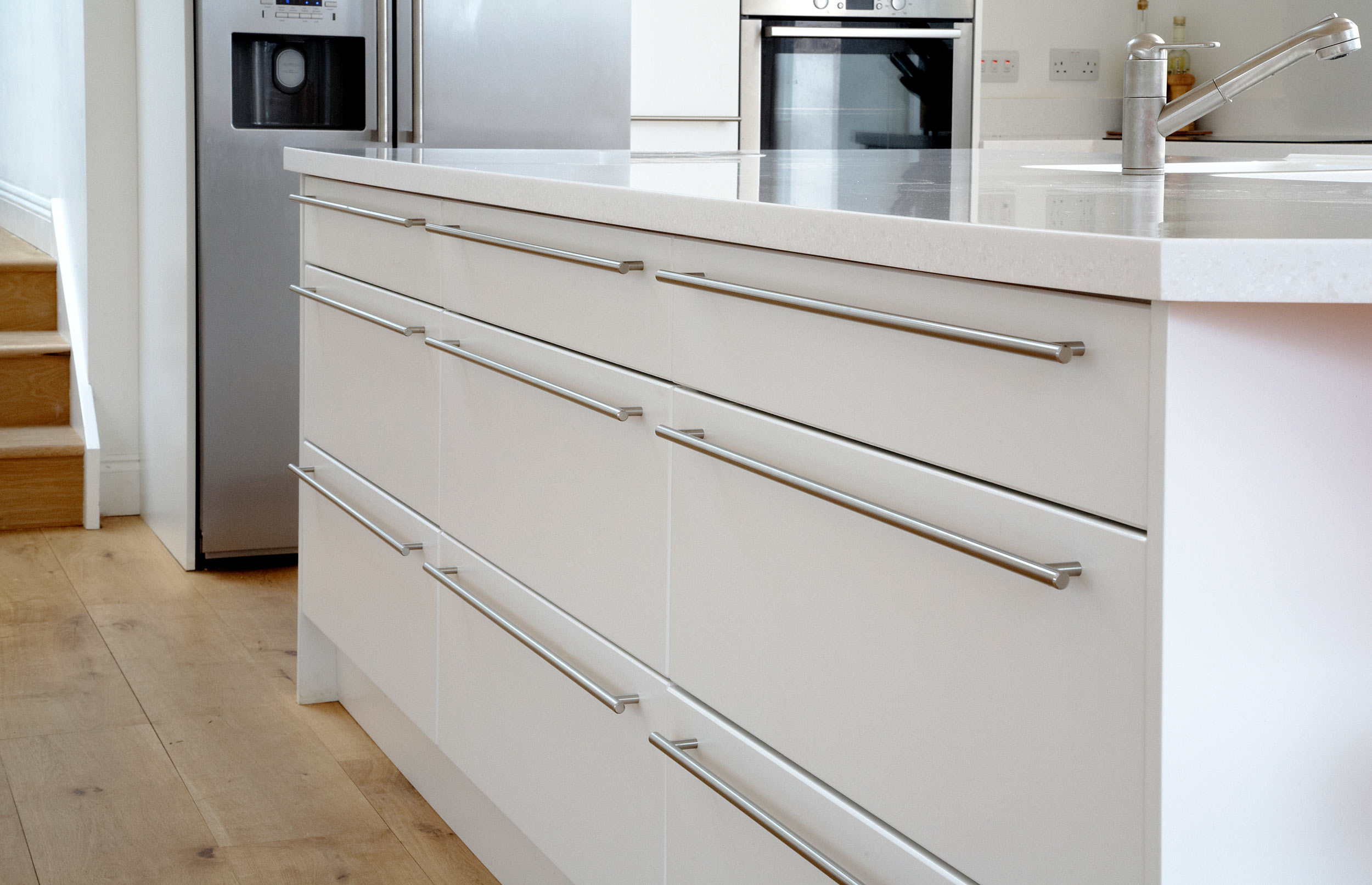 Contemporary Bespoke Kitchen - Island with Fitted Cupboards