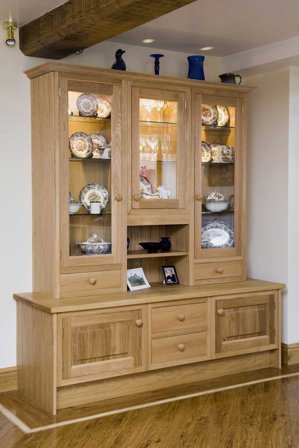 Kitchen Display Cabinet and Drawers for Country Style Barn Kitchen