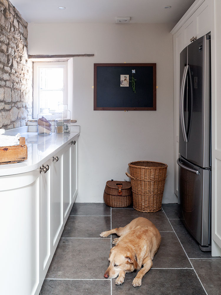 Bespoke country kitchen utility room
