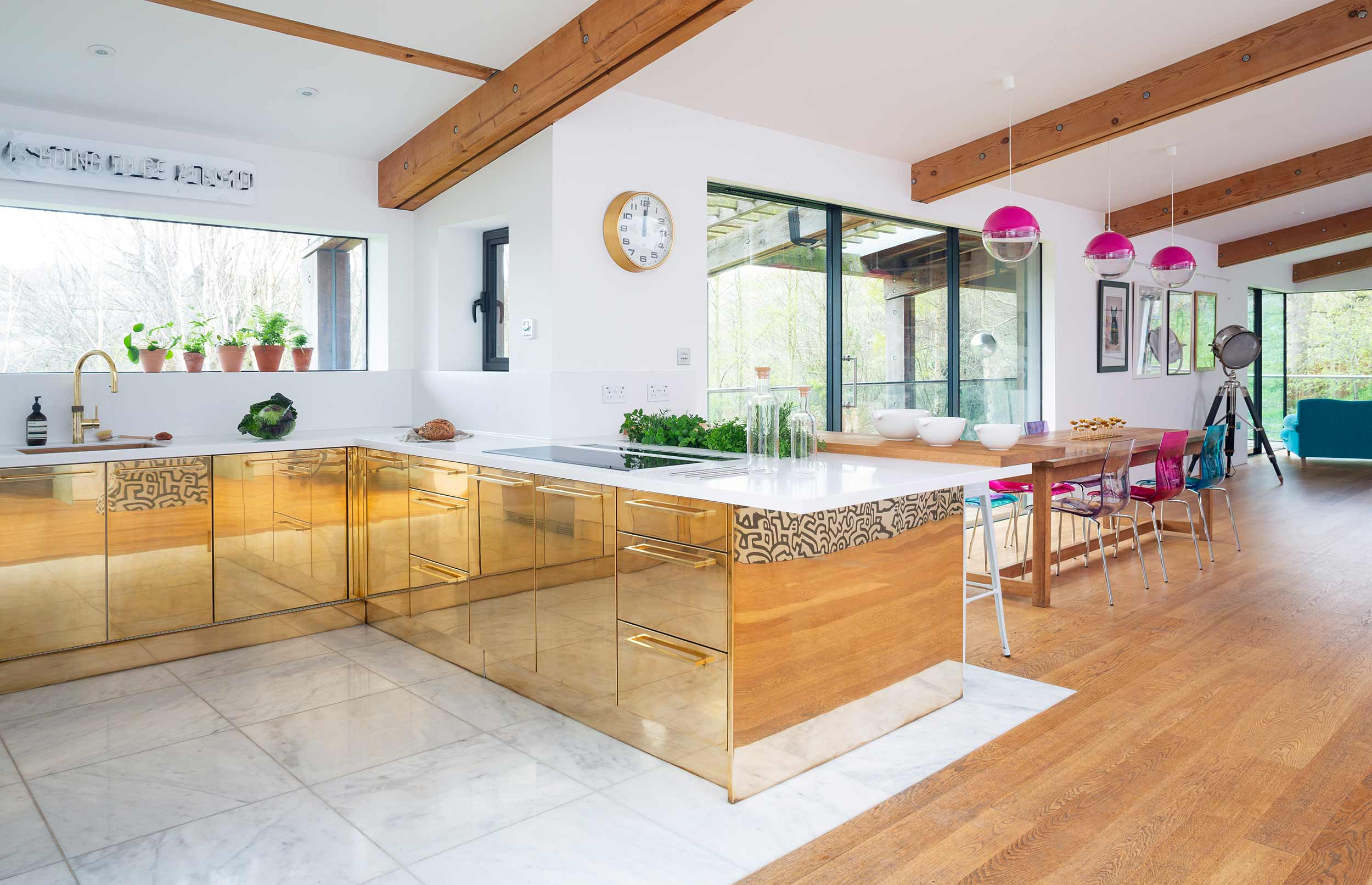 Bespoke characterful kitchen hero